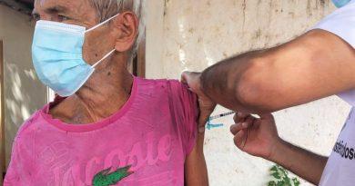 Mais Idosos São Vacinados Contra A Covid-19 Em Planura
