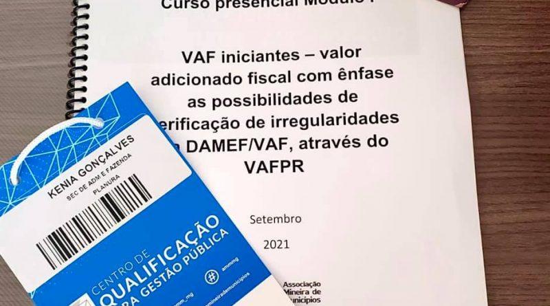 SECRETÁRIA DE ADMINISTRAÇÃO PARTICIPA DE CURSO PRESENCIAL EM BH DAMEF/VAF PROMOVIDO PELA ASSOCIAÇÃO MINEIRA DE MUNICÍPIOS